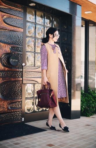 hallie daily blogger coat dress bag sunglasses jewels