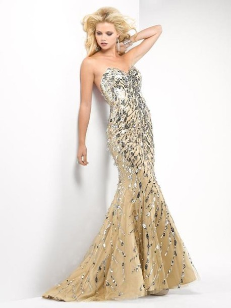 dress clothes girl blonde hair model gold silver sequins boob tube mermaid  prom dress maxi long