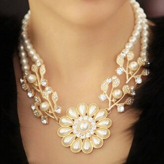 jewels necklace pearl white