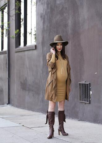 inspades blogger dress jacket shoes hat jewels boots maternity maternity dress spring outfits