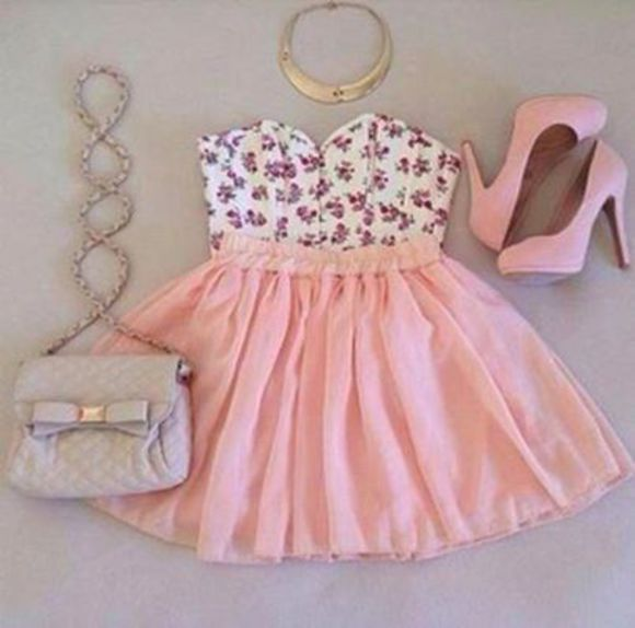 girly dress noeud pink flowers white robe sexy soirée chaussures talons hauts necklace pochette