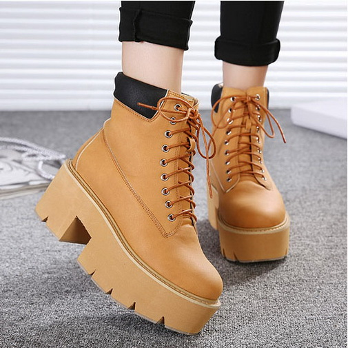 Ladies Punk Goth Martin Boots Lace Up Platform Mid Chunky Heels Military Booties