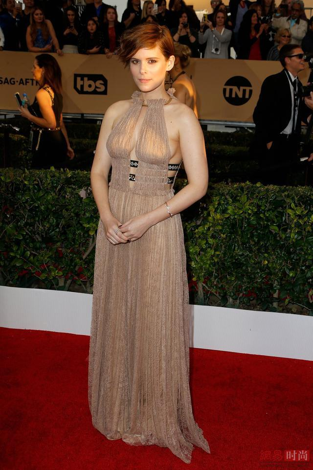 Sexy Champagne Tulle Evening Gowns Sag Awards Red Carpet