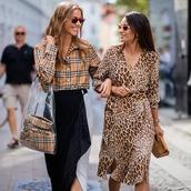 dress,animal print,midi dress,chain necklace,bag,side split,sunglasses