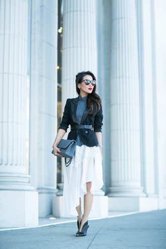 wendy's lookbook blogger bag white skirt blazer belt