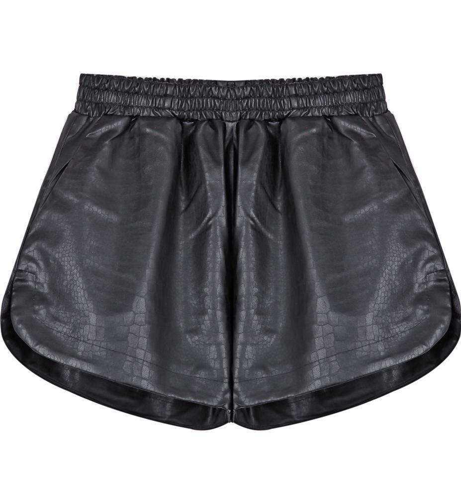 Black snakeskin print pu leather shorts