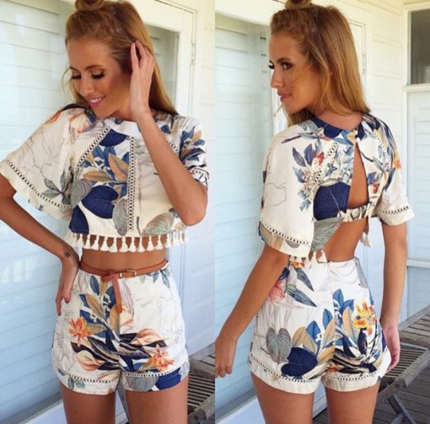 jumpsuit jumpsuit two-piece tropical tank top summer romper clothes two-piece outfit indie cute girly dress hippie top bottom navy green flowers print crop tops high waisted shorts