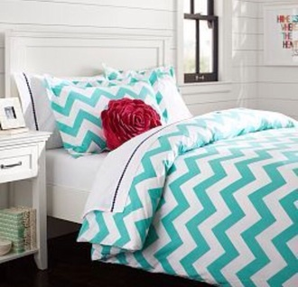 home accessory blue white chevron bedding