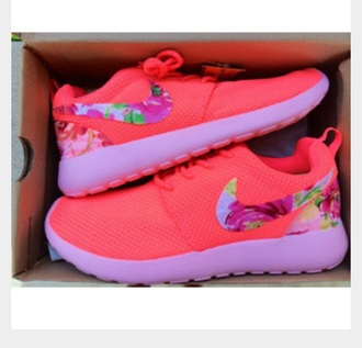 shoes pink and floral nike roshe