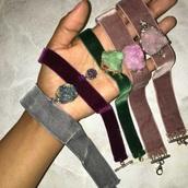 jewels,crystal,mineral,gestione,choker necklace,velvet,velvetchoker,crystal quartz