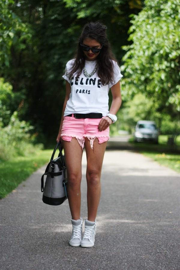 С чем носить розовые туфли или розовые туфли как яркая