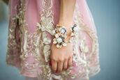 dress,pink,pink dress,light pink dress,light pink,short prom dress,short dress,gold,pink and gold,pink & gold,prom dress,cute dress,mini dress,skirt
