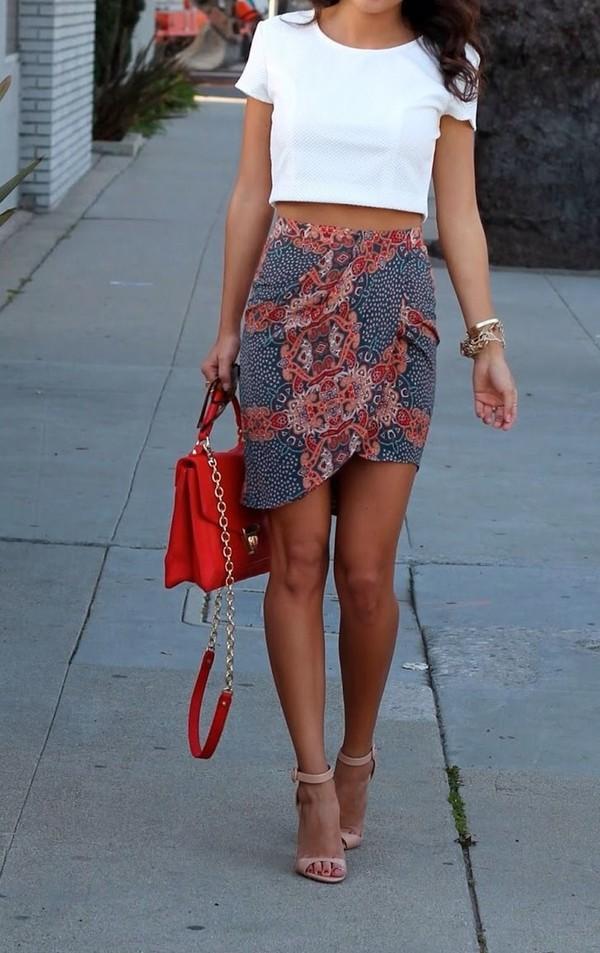 skirt multicolor skirt shoes bag purse high heels red bag handbag gold chain messenger bag