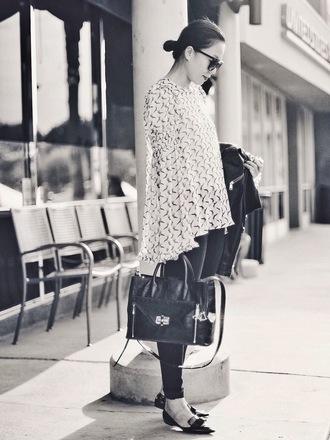 hallie daily blogger top jeans bag