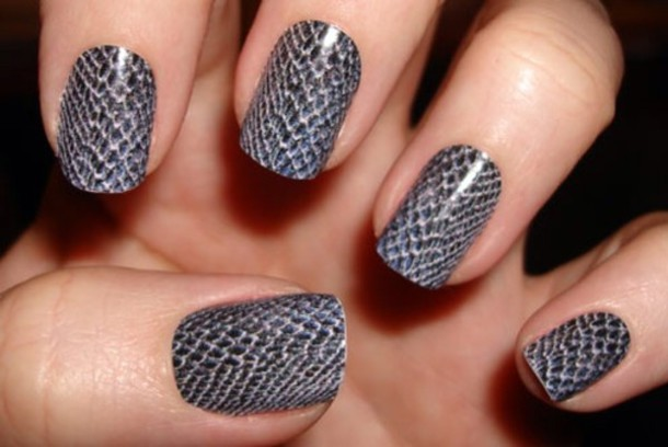 snake skin snake print grey fashion nails nail stickers nail accessories  nail polish jewels