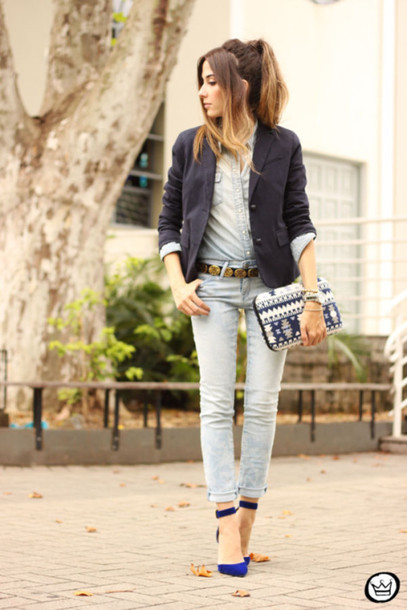 fashion coolture blogger blazer acid wash jeans denim shirt blue shoes