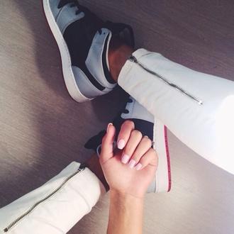pants zipper nike shoes nike sneakers jordan shoes nail polish leggings tumblr outfit