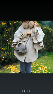 sweater,purse,throw ons,pants,fur