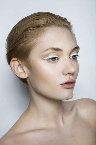 make-up whiteeyes whiteeyeliner eyeliner eyes white beautiful fashion fabulous eye makeup eye pretty cute natural makeup look
