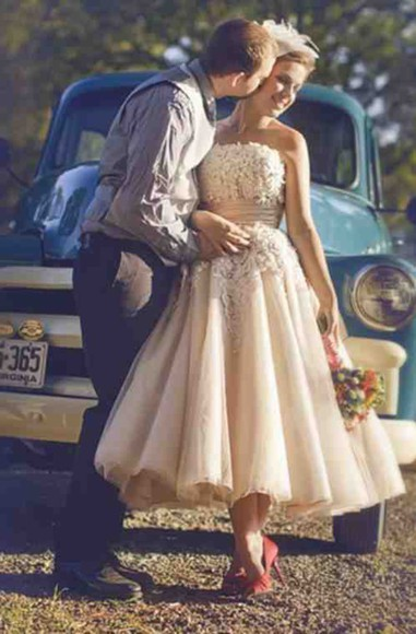 tulle short dress strapless weding dress flowers dress gloves shoes