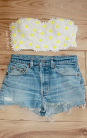 top,hipster,daisy bralet,daisy,summer,shorts,denim,levi's,fashion,holidays,festival,crop tops,kiitschy,spring outfits,High waisted shorts