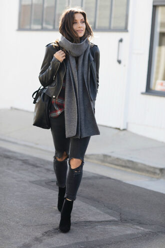 scarf black jacket tumblr knit knitted scarf jacket leather jacket black leather jacket denim jeans ripped jeans black jeans boots black boots