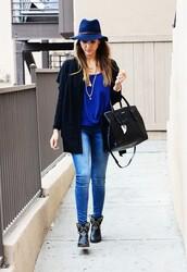 hat,blue hat,blue shirt,black cardigan,skinny jeans,blogger,black boots