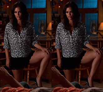 blouse animal print rachel bilson hart of dixie shoes pumps