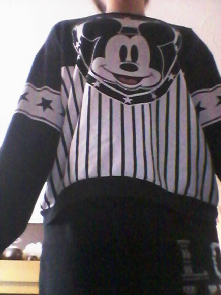 mickey mouse sweater black
