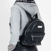 bag,maniere de voir,mdv,mini,leather,backpack,faux,grained,rucksack