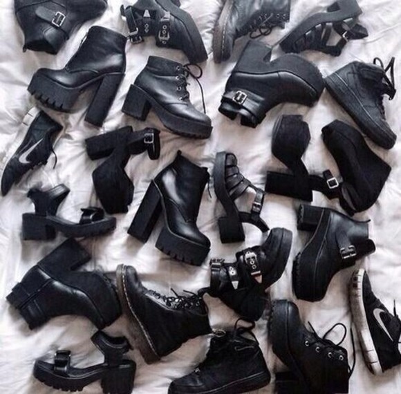 rock shoes boots high heels metal punk crunge pastel goth creepers buffalos goth shoes black shoes black grunge indie grunge shoes t-shirt girl