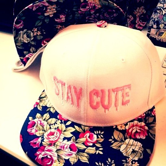 hat black swag cute white green pink pretty floral girly summer spring accessories hair accessories stay cute festival music festival Cochella instagram