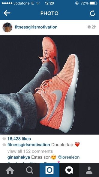 shoes coral nike roshe