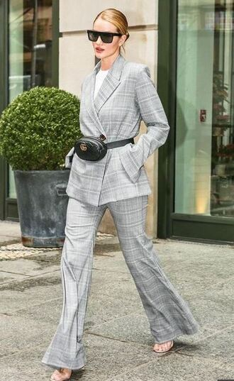 pants suit plaid rosie huntington-whiteley sandals model off-duty grey spring outfits jacket