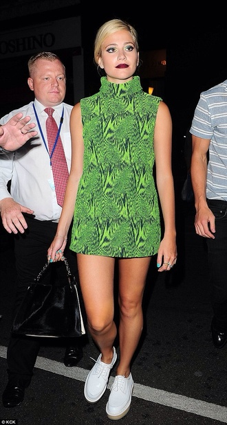 green celeb green dress pixie lott shoes white authentics pixie print turtleneck short dress celebrity style