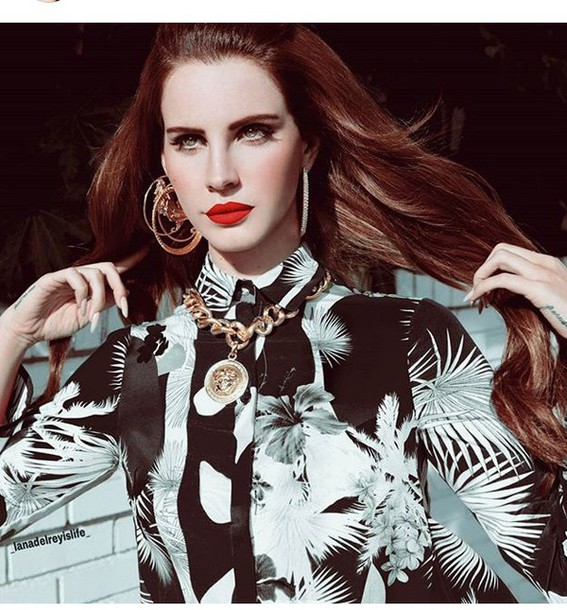 Gold Jewelry Gold Chain Gold Necklace Hoop Earrings Red Lipstick Lana Del Rey Make Up Long Hair Palm Tree Print Shirt Tropical Dope Singer Print Printed Shirt Wheretoget