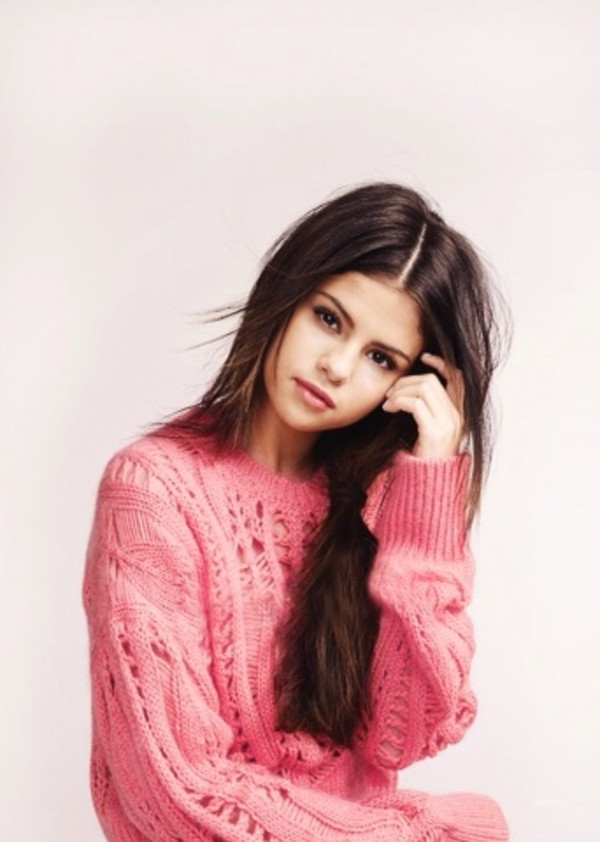 sweater selena gomez pink
