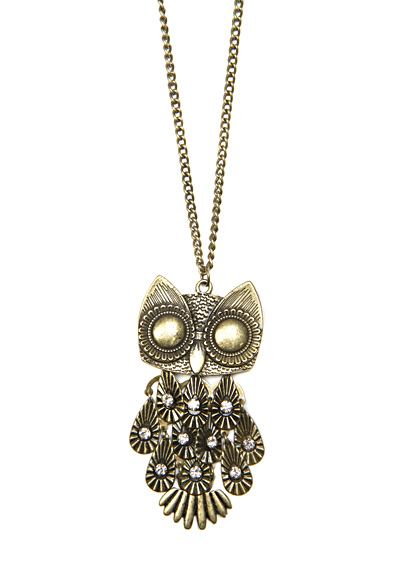 Chain with oversize owl pendant