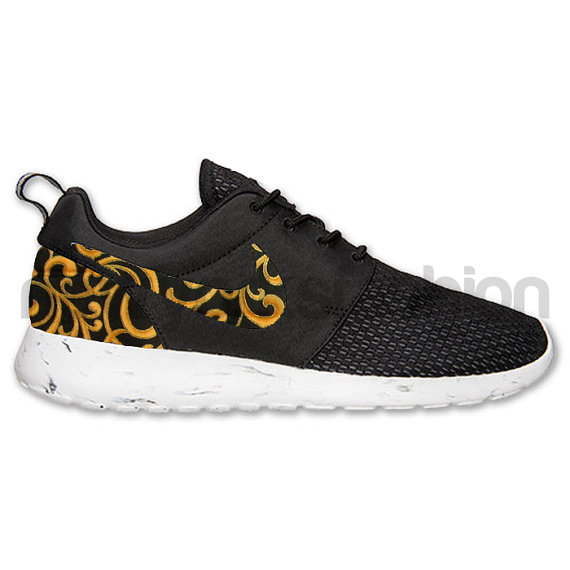 Roshe Nike Run noir blanc marbre suprême inspiré par NYCustoms