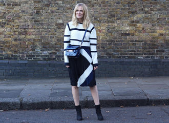 blame it on fashion blogger striped sweater pleated skirt black and white bag skirt sweater shoes