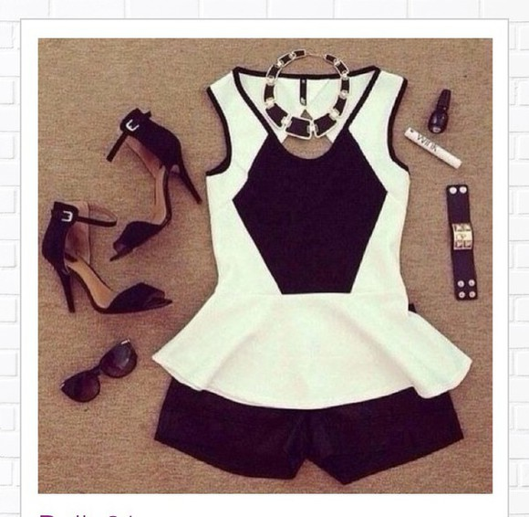 outfit black and white top
