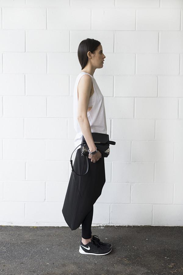melissa araujo blogger top skirt leggings bag jewels