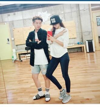 hat streetstyle casual bucket hat sneakers jeans black grey ulzzang kfashion kstyle korean fashion korean style k-pop kdrama asian