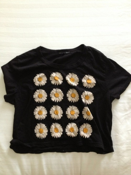 t-shirt black t-shirt daisys crop tops