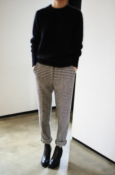 trousers pants sweater houndstooth pegleg fluffy jumper black chelsea boots