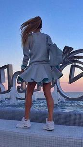 skirt,set,plaid skirt,skater skirt,midi skirt,black skirt,mini skirt,pencil skirt,pleated skirt,blue skirt,two piece dress set,matching set,2 piece skirt set,2 piece dress set,skirt set,crop top and skirt set,sweatshirt,sweater,sweat the style,outfit