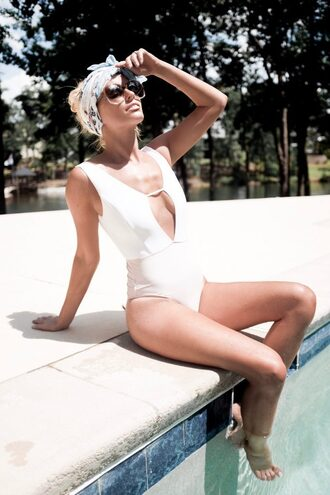 swimwear tumblr one piece swimsuit scarf summer summer holidays summer accessories sunglasses