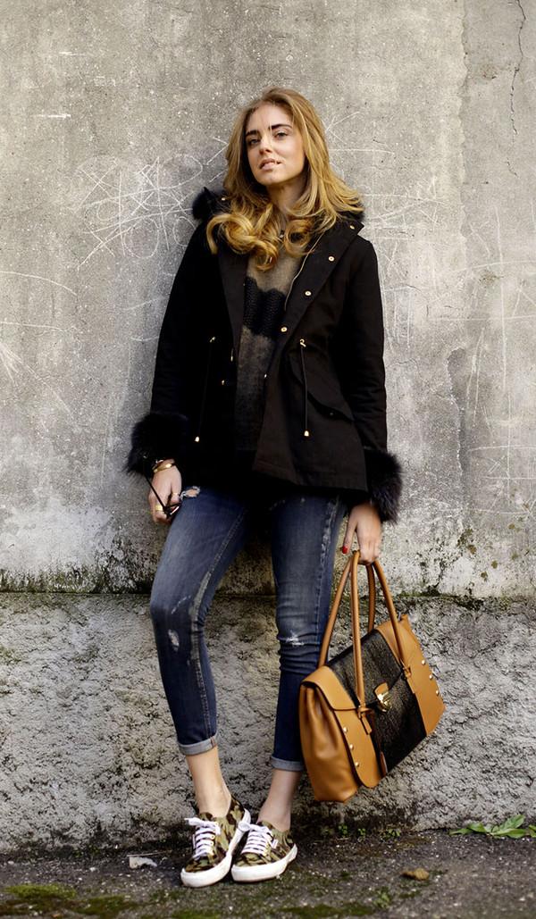 the blonde salad shoes jeans sweater coat jewels bag sunglasses
