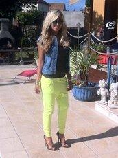 green pants,yellow pants,pants,blouse