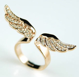 Angel wing ring use swarovski crystal uk size o / us size 7 #xr067
